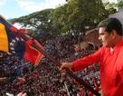 Tổng thống Venezuela thu thập 10 triệu chữ ký để ngăn nước ngoài can thiệp quân sự