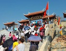 Hàng nghìn người đội nắng lên chùa dự lễ khai bút đầu năm