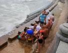 2 du khách người Nga tử nạn khi tắm biển Nha Trang