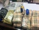 NÓNG: Mật phục suốt đêm bắt vụ vận chuyển gần 3 tạ ma túy