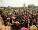 Phong tục, lễ hội ngày càng bị xô lệch: Vì đâu ra cớ sự này?
