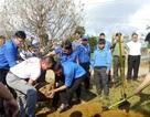 """Xây dựng vườn hoa đào thanh niên """"độc nhất"""" tại xã miền núi Vĩnh Sơn"""