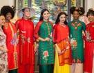 Hoa hậu Ngọc Hân mang áo dài Việt sang New York