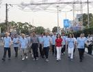 Ngành Y tế Cần Thơ tổ chức đi bộ hướng về Y tế cơ sở