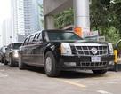 """Đoàn xe """"Quái thú"""" tiếp nhiên liệu tại cây xăng trên đường Lê Văn Lương"""