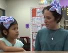 Cô giáo mầm non cắt tóc mình để động viên học trò bị bắt nạt vì tóc quá ngắn