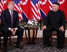 """""""Giải mã"""" ngôn ngữ cơ thể của Tổng thống Trump và Chủ tịch Kim tại tiệc tối"""
