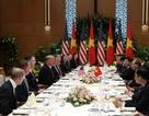 Tổng thống Trump được thiết đãi chả cá, nem cuốn trong bữa trưa với Thủ tướng Nguyễn Xuân Phúc