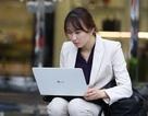 Dân mạng thích thú với muôn kiểu tác nghiệp của phóng viên đưa tin về Hội nghị Mỹ - Triều