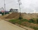 Hà Tĩnh: Bãi cát trái phép tập kết rầm rộ gần UBND huyện, dân lĩnh đủ!