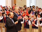 Thủ tướng nói về hình ảnh Tổng thống Mỹ cầm cờ Việt Nam