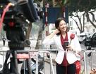 Nữ phóng viên Hàn Quốc thu hút sự chú ý khi đưa tin về thượng đỉnh Mỹ - Triều