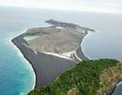"""Hòn đảo """"4 tuổi"""" hiếm có trong 150 năm qua gây bất ngờ cho giới khoa học"""