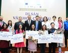 """5 bạn trẻ giành vé đi châu Âu nhờ chiến thắng cuộc thi """"Di sản văn hóa châu Âu"""""""