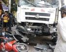 Xe tải gây nạn liên hoàn, 3 người nhập viện