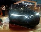 VinFast bất ngờ ra mắt mẫu concept Lux dùng động cơ V8 6.2L