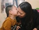 Kỳ lạ em bé người Việt sinh ra chỉ nói tiếng Anh