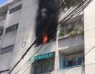 Cháy lớn trong chung cư, hàng chục người ôm tài sản tháo chạy