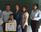 Tỉnh Đoàn Gia Lai trao Bằng khen cho học sinh lớp 3 cứu bạn khỏi đuối nước