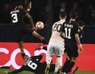 UEFA giải thích về quả phạt đền giúp MU đi tiếp