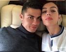 """Bạn gái C.Ronaldo khiến fans """"điêu đứng"""" bởi vẻ đẹp quyến rũ"""