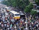 Đề xuất cấm xe máy ở Hà Nội: Phải làm tốt phương tiện công cộng trước
