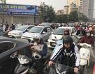 """Xe máy """"lèn chặt"""" trên tuyến đường Hà Nội dự định... cấm xe máy"""