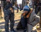 Hơn 3.000 tay súng IS ồ ạt đầu hàng tại thành trì cuối cùng ở Syria