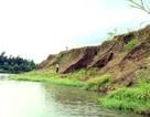 """Người dân bất lực nhìn sông """"nuốt chửng"""" hàng chục ha đất nông nghiệp"""