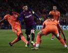 Barcelona 5-1 Lyon: Lionel Messi rực sáng