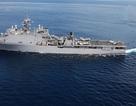 Tàu chiến Mỹ kẹt trên biển 2 tháng vì dịch bệnh