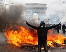 """Biểu tình """"Áo vàng"""" bùng phát tuần 18: Đốt phá, cướp bóc, bạo lực tại Paris"""