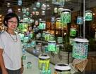 """Người Hà Nội hào hứng cùng nghệ sĩ Singapore tạo """"Rainbow Connection"""""""