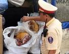 Phát hiện xe ô tô chở gần 200kg thịt lợn không rõ nguồn gốc