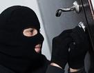 Bản án 15 tháng tù cho người trộm tiền của… chính mình