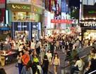 Giàu lên nhanh chóng, người Việt sẵn sàng chi tiền đi du lịch để mua hàng hiệu