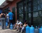 Nền kinh tế kiệt quệ, nước sạch cũng trở nên xa xỉ với người dân Venezuela