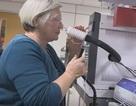 """Người phụ nữ có khả năng… """"ngửi"""" thấy người mắc bệnh Parkinson"""