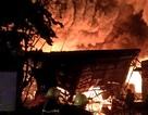 Kho dầu cháy dữ dội, hàng trăm người sơ tán trong đêm