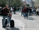 Khi người Trung Quốc đến Hy Lạp với những vali đầy tiền