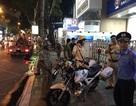 """Trắng đêm xử lý xe ô tô dừng đỗ """"vô lối"""" ở trung tâm Sài Gòn"""