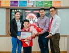 Niềm vui liên tiếp đến với gia đình cậu bé Apax được nhận thư khen từ Bộ trưởng Phùng Xuân Nhạ