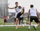 Ozil tập luyện chăm chỉ cùng Arsenal chuẩn bị giao hữu ở Dubai