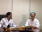 """Bệnh nhân hát vang bài """"Quảng Bình quê ta ơi"""" khi đang được mổ u não"""