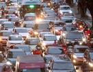 Hình ảnh bạt ngàn ô tô chiếm hết lòng đường trong giờ cao điểm ở Hà Nội