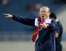 """Vì thành công ở vòng loại World Cup và SEA Games, thầy Park phải """"phân thân"""""""