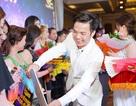 Tuấn Hưng, Lâm Vũ bất ngờ xuất hiện trong Hội nghị tri ân khách hàng của Nhật Việt Cosmectics