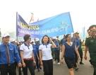 """Hơn 1.000 bạn trẻ diễu hành vì """"Khu đất an toàn"""" không bom mìn"""