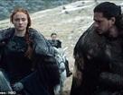 Sao phim Game of Thrones Sophie Turner tiết lộ cát sê bạn diễn cao gấp 3 lần