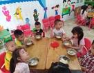 Bất cập trong quản lý nguồn thực phẩm đưa vào trường học